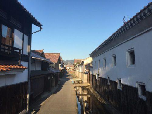 鳥取県倉吉市 白壁土蔵群 春